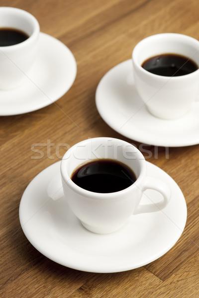 Koffiekopjes drie tabel voedsel drinken beker Stockfoto © Pietus