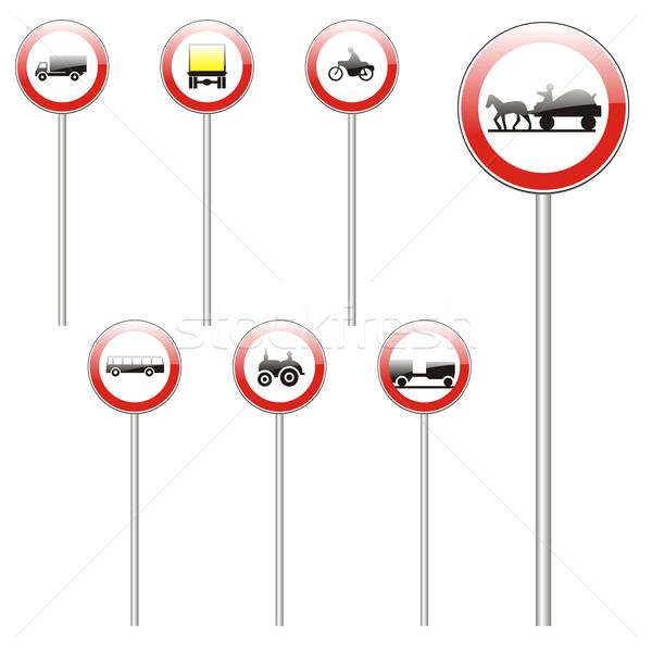 Isolado europeu sinais de trânsito rua atravessar Foto stock © PilgrimArtworks
