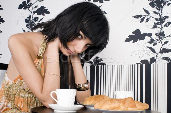 Photo stock: Attente · quelqu'un · café · belle · brunette · fille