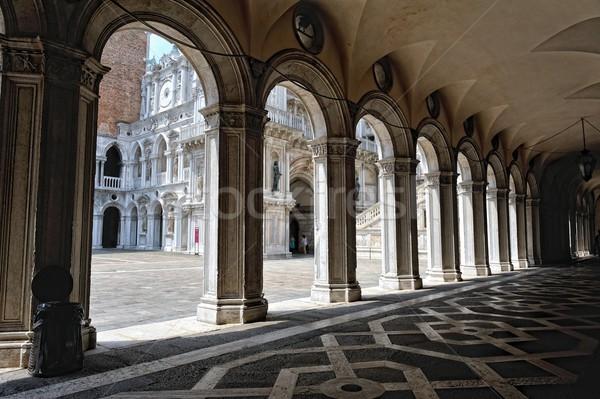 Passaggio palazzo Venezia panorama Europa storia Foto d'archivio © Pilgrimego