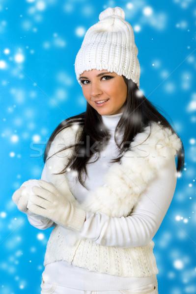 Bela mulher inverno moda bola de neve retrato beleza Foto stock © Pilgrimego