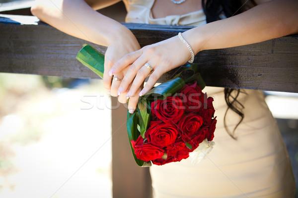 Photo stock: Mariée · roses · rouges · femme · main