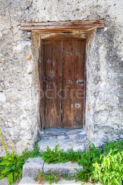старые заблокированный древесины двери воды трава Сток-фото © pixachi