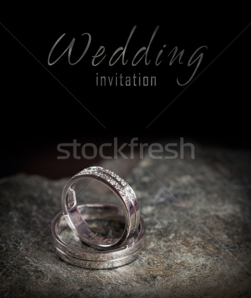 Twee zilver trouwringen rock ringen Stockfoto © pixachi