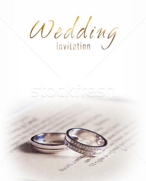 Dois prata anéis de casamento noivas sapatos casamento Foto stock © pixachi