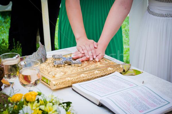 Mani bible cerimonia di nozze libro Coppia bellezza Foto d'archivio © pixachi