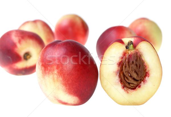 Nektarin friss izolált gyümölcs kő csepp Stock fotó © pixelman