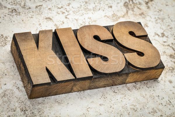 Beijo palavra madeira tipo acrônimo simples Foto stock © PixelsAway