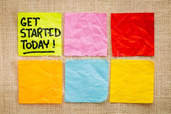 Ma emlékeztető jegyzet kézírás öntapadó jegyzet zsákvászon Stock fotó © PixelsAway