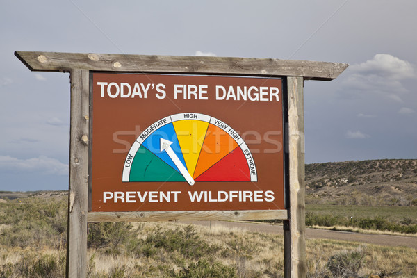 Brand gevaar kant van de weg teken Colorado Stockfoto © PixelsAway