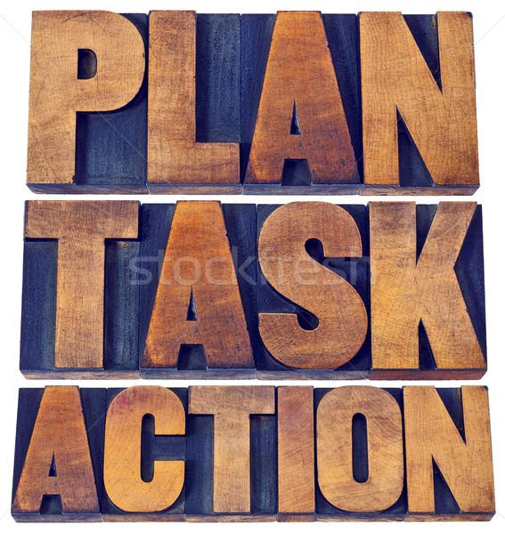 Plano tarefa ação palavra abstrato isolado Foto stock © PixelsAway