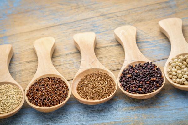 Sin gluten resumen negro cucharas Foto stock © PixelsAway