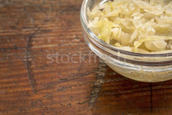 Kom zuurkool bijgerecht glas rustiek hout Stockfoto © PixelsAway