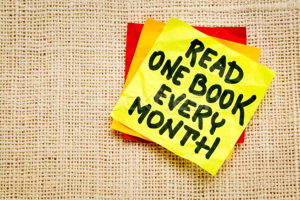 Olvas egy könyv hónap motivációs emlékeztető Stock fotó © PixelsAway