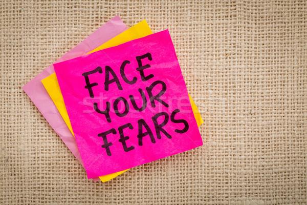 Cara conselho nota pegajosa lembrete lona medo Foto stock © PixelsAway