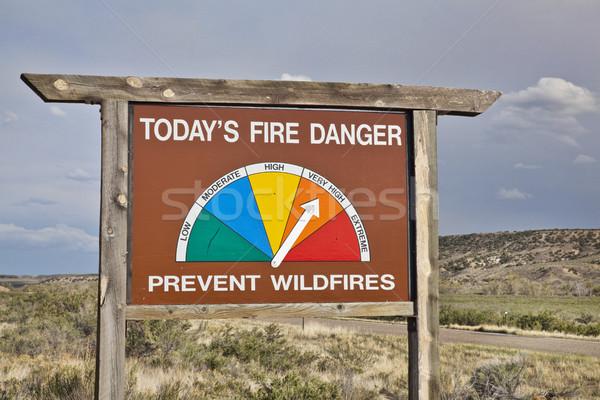 Alto fogo perigo beira da estrada assinar Colorado Foto stock © PixelsAway