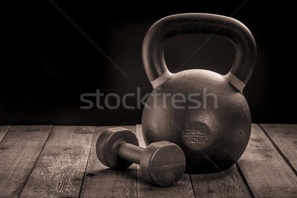 Vasaló kettlebell súlyzó testmozgás súlyok nehéz Stock fotó © PixelsAway