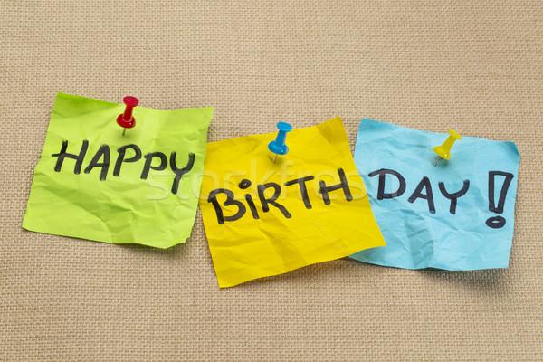 Feliz cumpleaños notas adhesivas arpillera lienzo feliz Foto stock © PixelsAway