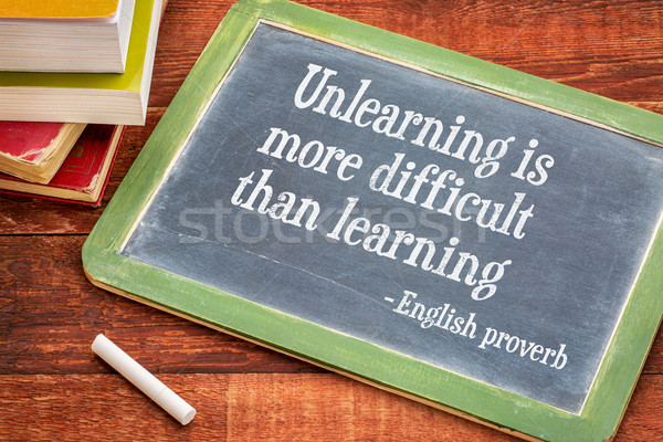 Plus difficile apprentissage anglais proverbe tableau noir Photo stock © PixelsAway