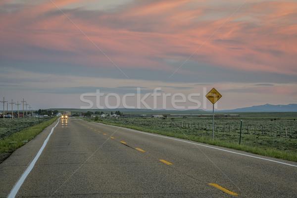 道路 夕暮れ コロラド州 ピンク 空 北 ストックフォト © PixelsAway