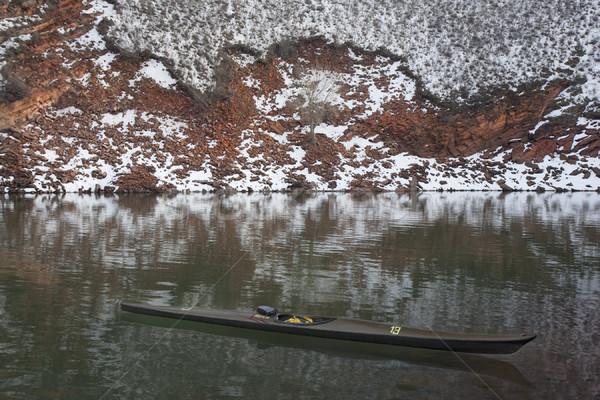 Hosszú keskeny versenyzés kajak hegy tó Stock fotó © PixelsAway