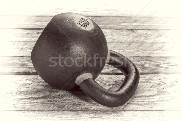 Ciężki żelaza fitness rustykalny drewna Zdjęcia stock © PixelsAway