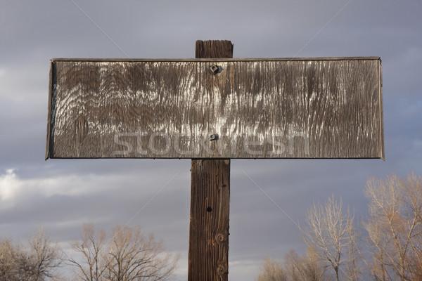 öreg négyszögletes fa tábla furnérlemez felirat felhős Stock fotó © PixelsAway
