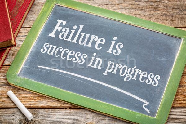 Mislukking succes vooruitgang tekst Blackboard Stockfoto © PixelsAway