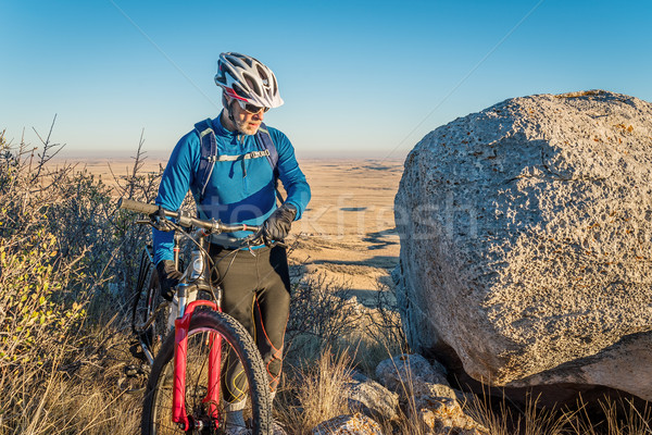 Mountain bike Colorado senior maschio mountain bike prateria Foto d'archivio © PixelsAway