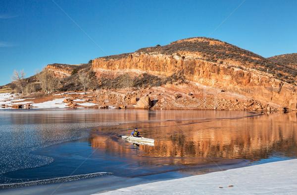 Zimą Colorado starszy mężczyzna wyprawa łodzi Zdjęcia stock © PixelsAway