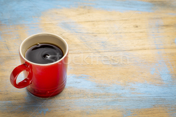 Beker zwarte koffie Rood grunge hout exemplaar ruimte Stockfoto © PixelsAway