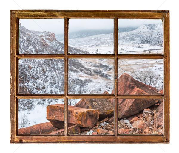 ストックフォト: 冬 · 山 · 谷 · 砂岩 · 岩 · 霧