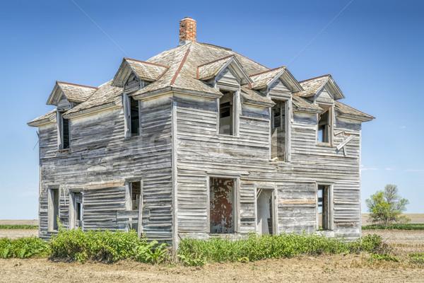 Abandonado casa rural casa velha edifício casa Foto stock © PixelsAway