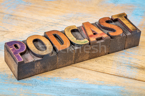 Podcast banner legno tipo segno vintage Foto d'archivio © PixelsAway