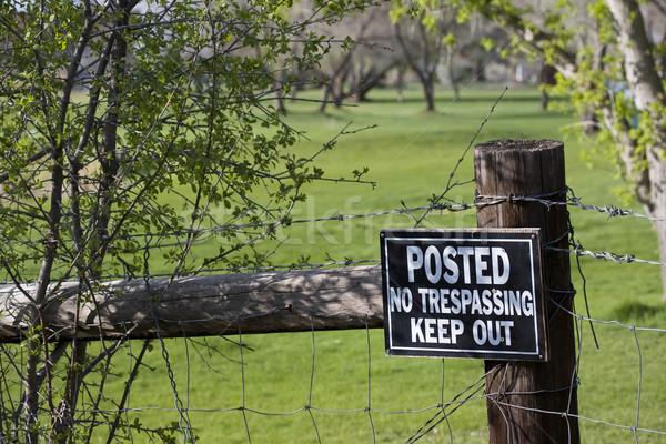нет знак забор зеленый гольф из Сток-фото © PixelsAway