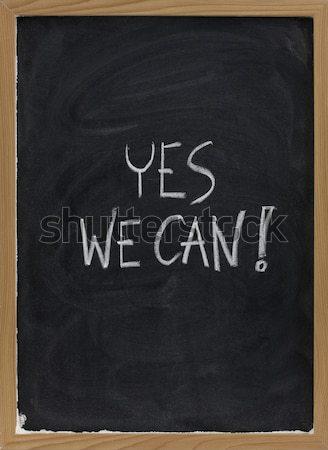 Igen konzerv motivációs jelmondat iskolatábla kézzel írott Stock fotó © PixelsAway