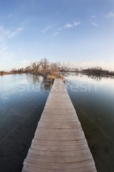 ösvény víz utazás gól nyom tó Stock fotó © PixelsAway