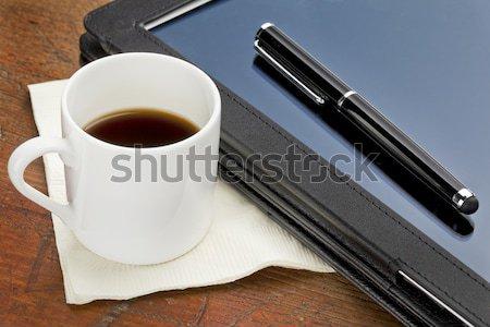 Táblagép stylus kávéscsésze eszpresszó kávé toll Stock fotó © PixelsAway