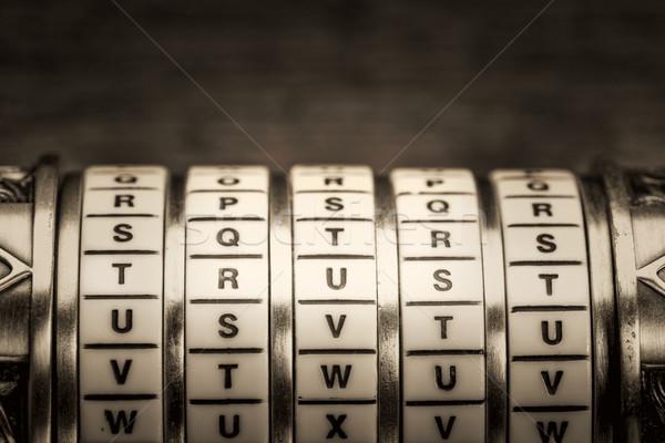 Zaufania słowo hasło połączenie puzzle polu Zdjęcia stock © PixelsAway