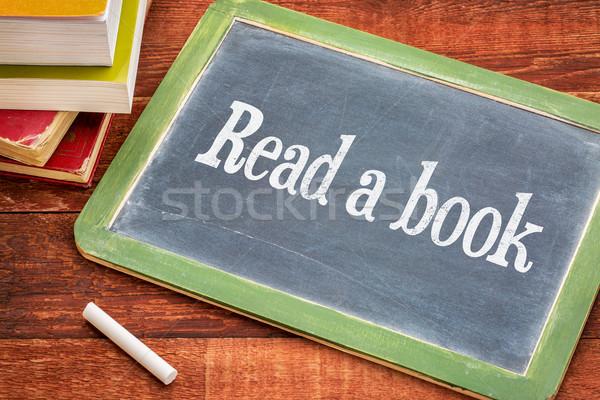 Leggere libro consiglio lavagna promemoria bianco Foto d'archivio © PixelsAway