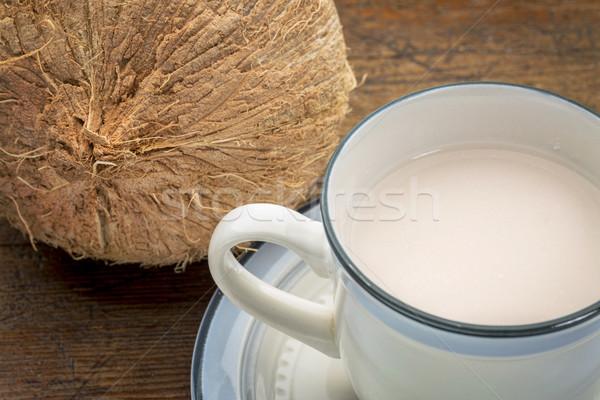 кокосовое молоко Кубок кокосового древесины Сток-фото © PixelsAway