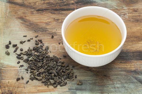Pólvora chá verde branco copo beber solto Foto stock © PixelsAway