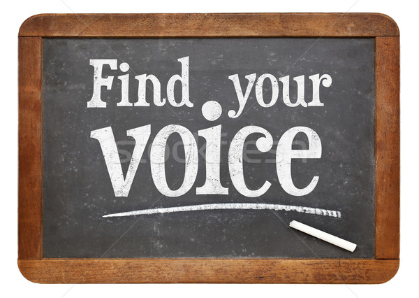 Trovare voce lavagna segno bianco gesso Foto d'archivio © PixelsAway