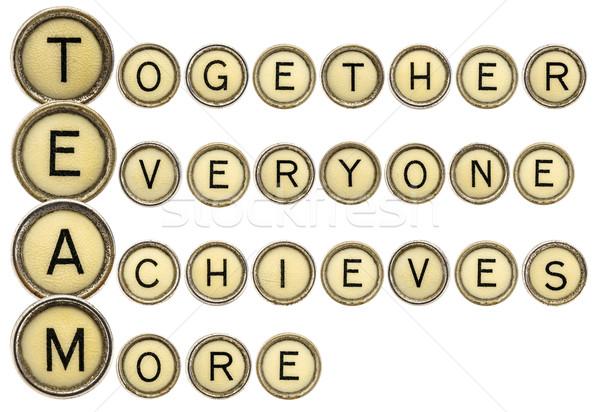 Team acroniem schrijfmachine sleutels samen iedereen Stockfoto © PixelsAway