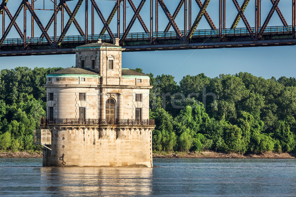 Water tower on Mississippi River Stock photo © PixelsAway