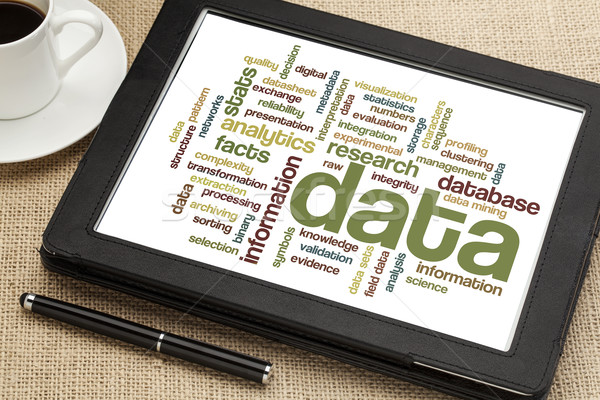 Foto stock: Dados · informação · nuvem · digital · comprimido · copo