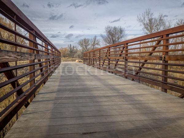 Woon-werkverkeer fiets voetbrug parcours rivier Stockfoto © PixelsAway
