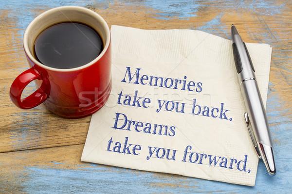 Emlékek elvesz hát álmok előre inspiráló Stock fotó © PixelsAway