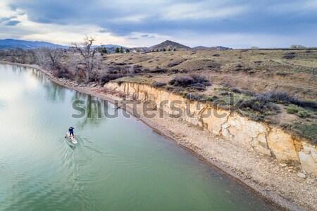 Berg meer jachthaven winter landschap reservoir Stockfoto © PixelsAway