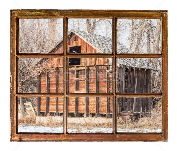 Eski rustik ahır pencere görmek bağbozumu Stok fotoğraf © PixelsAway